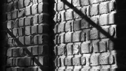 brick_shadow.jpg